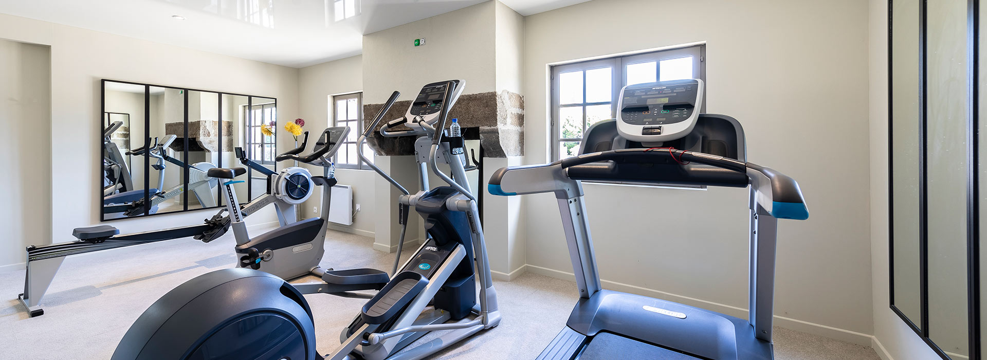 hotel with FITNESS CENTRE